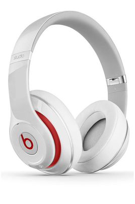 Beats new studio blanc