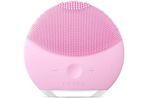 Mini brosse nettoyante silicone pour le visage Rechargeable - 8 niveaux d'intensité Technologie T-Sonic - 8000 pulsations/minutes 100% étanche - Tous types de peau