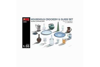 Accessoires pour maquette Mini Art Modélisme : set de vaisselle de maison - 1/35