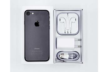 e4ce7af44ccb8c iPhone Apple iphone 7 32 go - noir + 1 cadeaux Apple