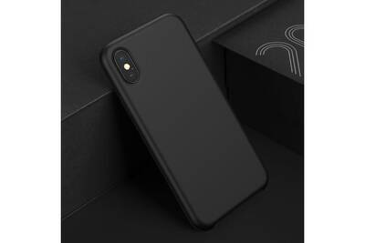 coque iphone xs max silicone noir