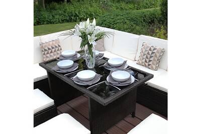 Ensemble jardin mobilier en rotin avec tabouret, table et canapé en l marron