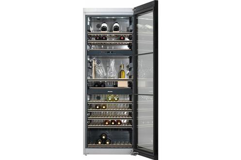 Capacité 178 bouteilles - Classe A 13 clayettes extractibles Eclairage LED - Porte anti-UV 3 zones de températures
