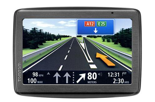 GPS Tomtom VIA 130 M CARTE à VIE