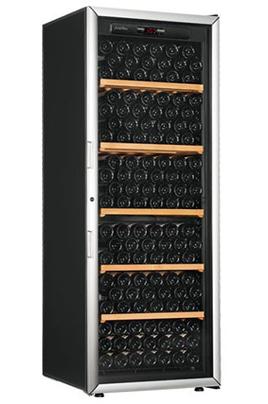Capacité 225 bouteilles 5 clayettes en bois Dimensions HxLxP : 182.5 x 68 x 69 cm Porte vitrée anti-UV