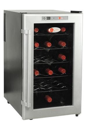 armoire de mise en temp rature vinosphere vn 18 noir. Black Bedroom Furniture Sets. Home Design Ideas