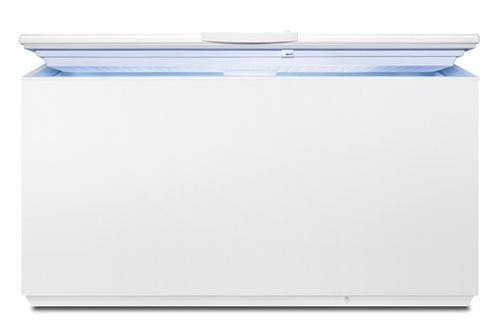 Capacité nette 495 litres Classe énergétique A+ Fonction super congélation Système LowFrost