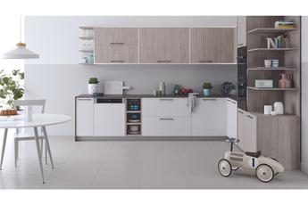 Lave vaisselle Indesit DBC3C26X