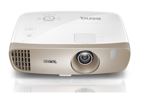 Technologie DLP - Full HD 1080p 100% de l'espace colorimétrique REC.709 1800 Ansi Lumens - Certification ISF 1 entrée VGA, 2 entrées HDMI, 1 entrée S-vidéo