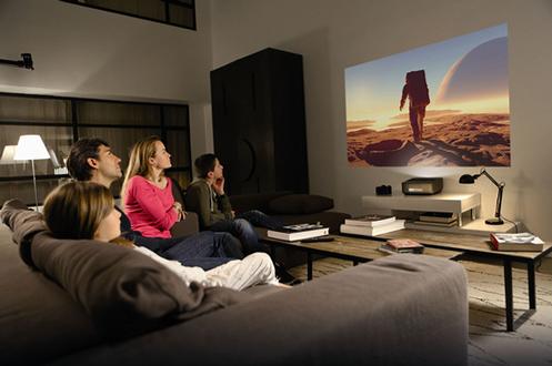 vid oprojecteur philips screeneo hdp 1590 tv 3799859. Black Bedroom Furniture Sets. Home Design Ideas