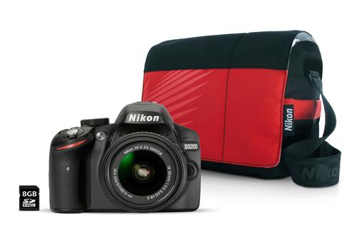 Nikon D3200 + 18-55VR II + Fourre Tout + 8GO