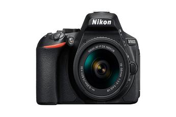 Appareil photo Reflex Nikon D5600 + 18-55 VR