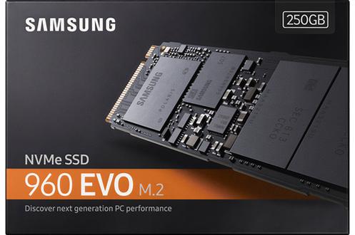 Disque dur interne 250Go Technologie V-NAND et technologie Turbowrite Vitesse d'écriture et de lecture à 3.200 MB/s et 1.900 MB/s
