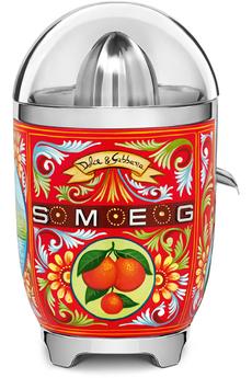 Presse agrumes - Puissance 70 Watts Marche/arrêt automatiques - Bec verseur Couvercle et bol en Tritan Design Dolce & Gabbana typiquement Sicilien