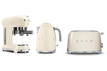 Ensemble petit déjeuner EXPRESSO ECFO1 + BOUILLOIRE KLF01 + toaster TSF01 CRèME Smeg
