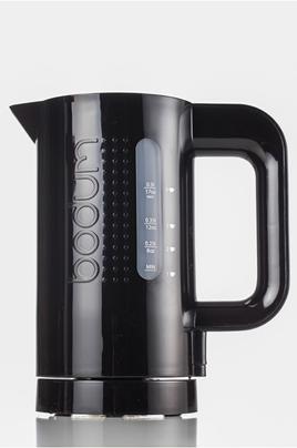 Capacité 0,5 litre - Puissance 700 Watts Filtre anti-calcaire Socle 360° - Arrêt automatique Niveau d'eau visible