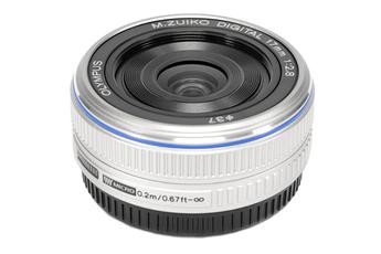 Zuiko Digital 17mm f/2.8