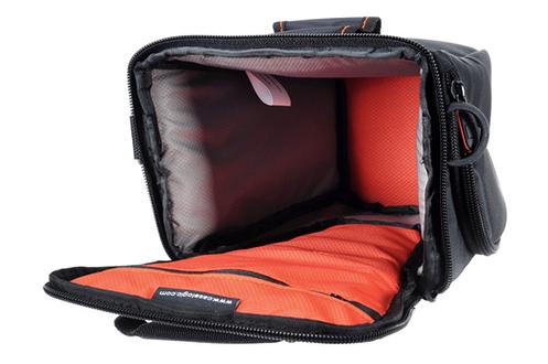 housse pour appareil photo case logic etui a dcb 306 bk 1292358. Black Bedroom Furniture Sets. Home Design Ideas