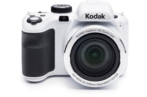 """Capteur CCD 1/2.3"""" 20 Mégapixels Zoom optique 42x - Grand angle 24 mm Ecran LCD 7.6 cm 460K pixels Vidéo HD 720p - Stabilisation optique de l'image"""