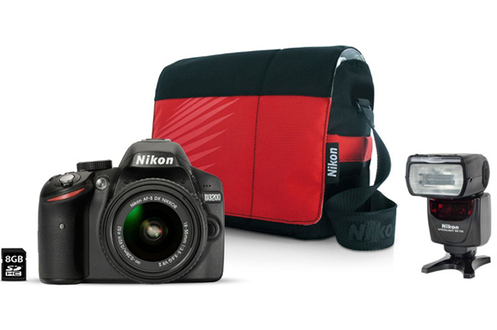Nikon D3200+18-55VR II + Fourre Tout + 8GO + SB 700