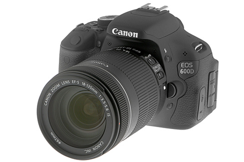 Reflex canon eos 600d 18 135is 3408663 for Housse canon eos 600d