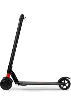 Vitesse maximale 22 km/h Poids maximum supporté 100kg Batterie 4400mAh Autonomie de 10 à 15 km